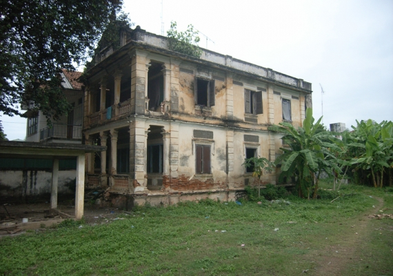 Old colonial buildings